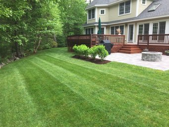 Landscaping Maintenance and Design Kennebunk Kennebunkport Arundel Wells Moody Ogunquit Maine ME