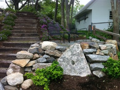 Landscape and Hardscape design retaining wall Kennebunk Kennebunkport Arundel Moody Ogunquit Maine ME